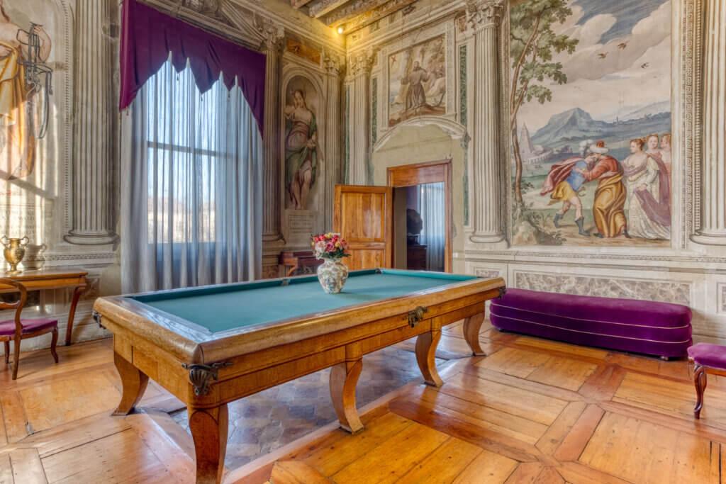 La sala del biliardo dela villa palladiana rigoni savioli