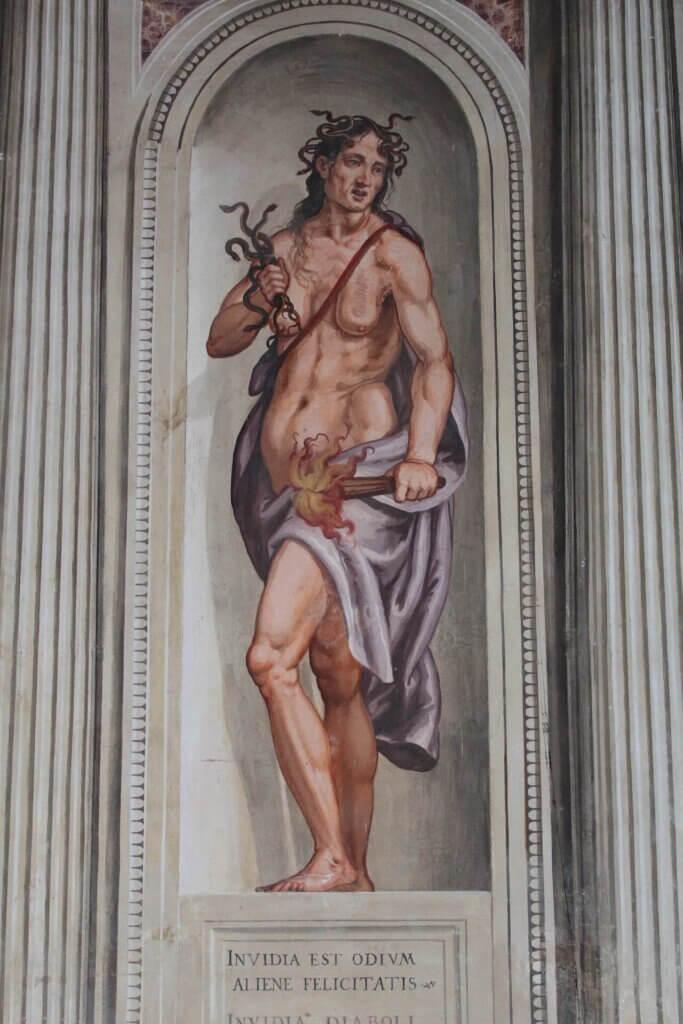 Affresco rche rappresenta l'invidia nella villa palladiana Rigoni Savioli